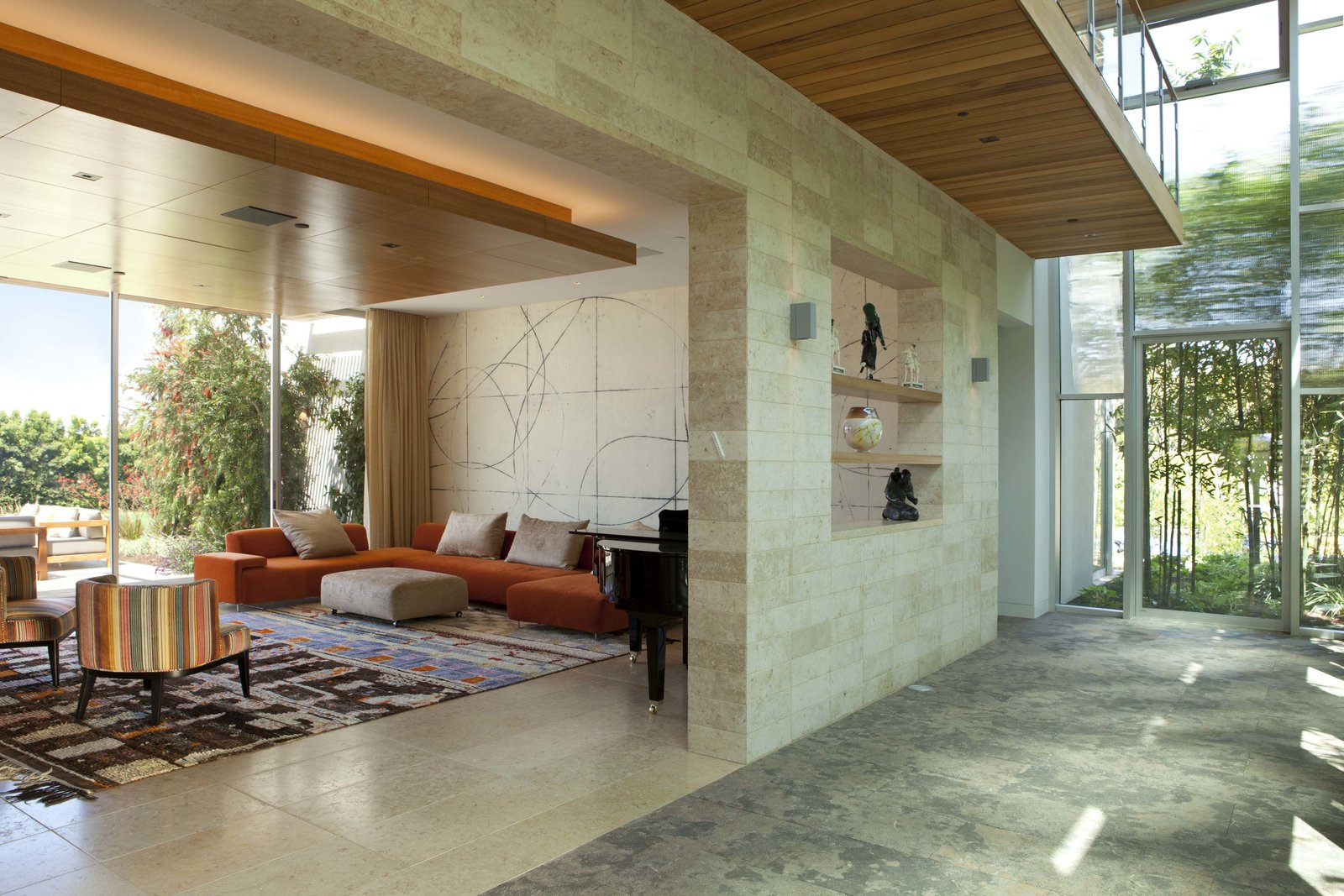 Living Room Living area  Observatory House by Safdie Rabines Architects