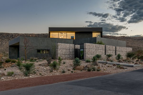 The Rubber Ducky Trail House Modern Home In Blue Diamond