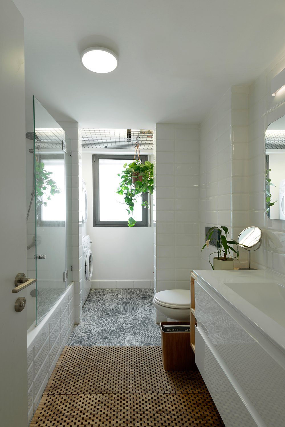 Bath, One Piece, Marble, Ceiling, Drop In, Wall, Drop In, Ceramic Tile, and Ceramic Tile The Main Bathroom  Bath Drop In Wall Ceiling Photos from The Flea Market Apartment