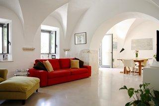 Garden Apartment In Centro Storico Modern Home In Sulmona Abruzzo On Dwell