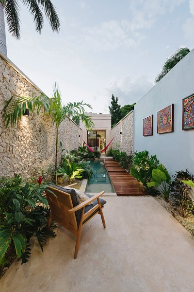 Located in Merida's historic downtown district, this 1560-square-foot house is an oasis in the city. Indoor/outdoor living serves as the foundation of the project's design, and regional materials and textures provide a sense of identity.