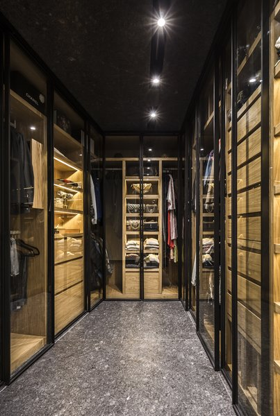 A large walking closet