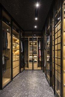 A large walking closet