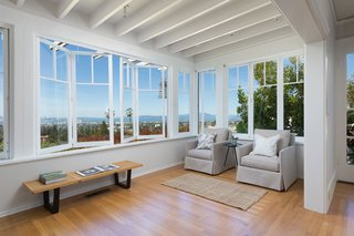 Sitting Room with bi-fold windows and views of the Bay Area cities, bay and lovlieness