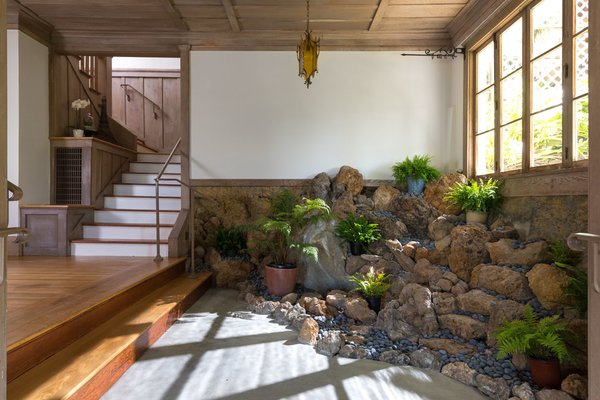 Who doesn't want a house with a Rock Garden Grotto in the entry?? It used to have a waterfall feature- who will make it work again?