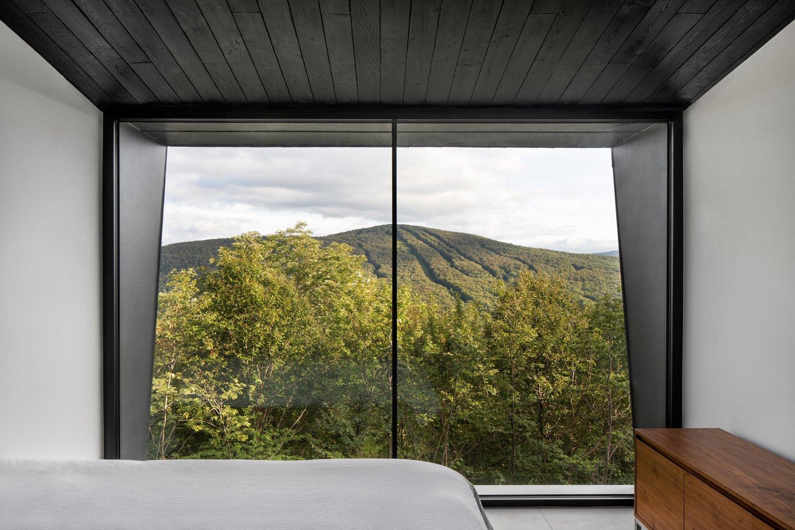 La Binocle bedroom