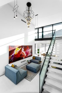 SAPPHIRE Super Penthouse