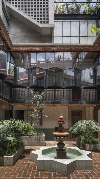 The central patio acts as an introspection space