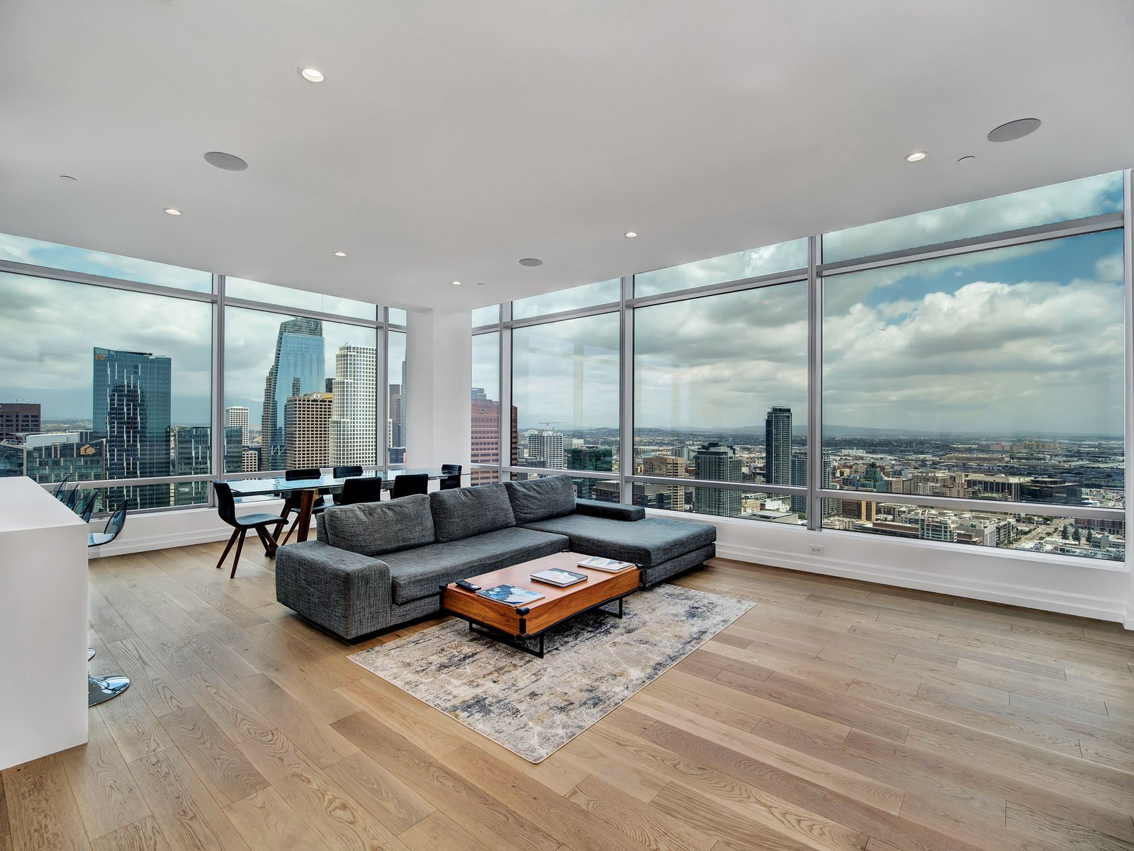 900 W Olympic Blvd Modern Home In, Laminate Flooring Downtown Los Angeles