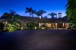 809 Nimes Pl Modern Home In Bel Air Los Angeles California On Dwell