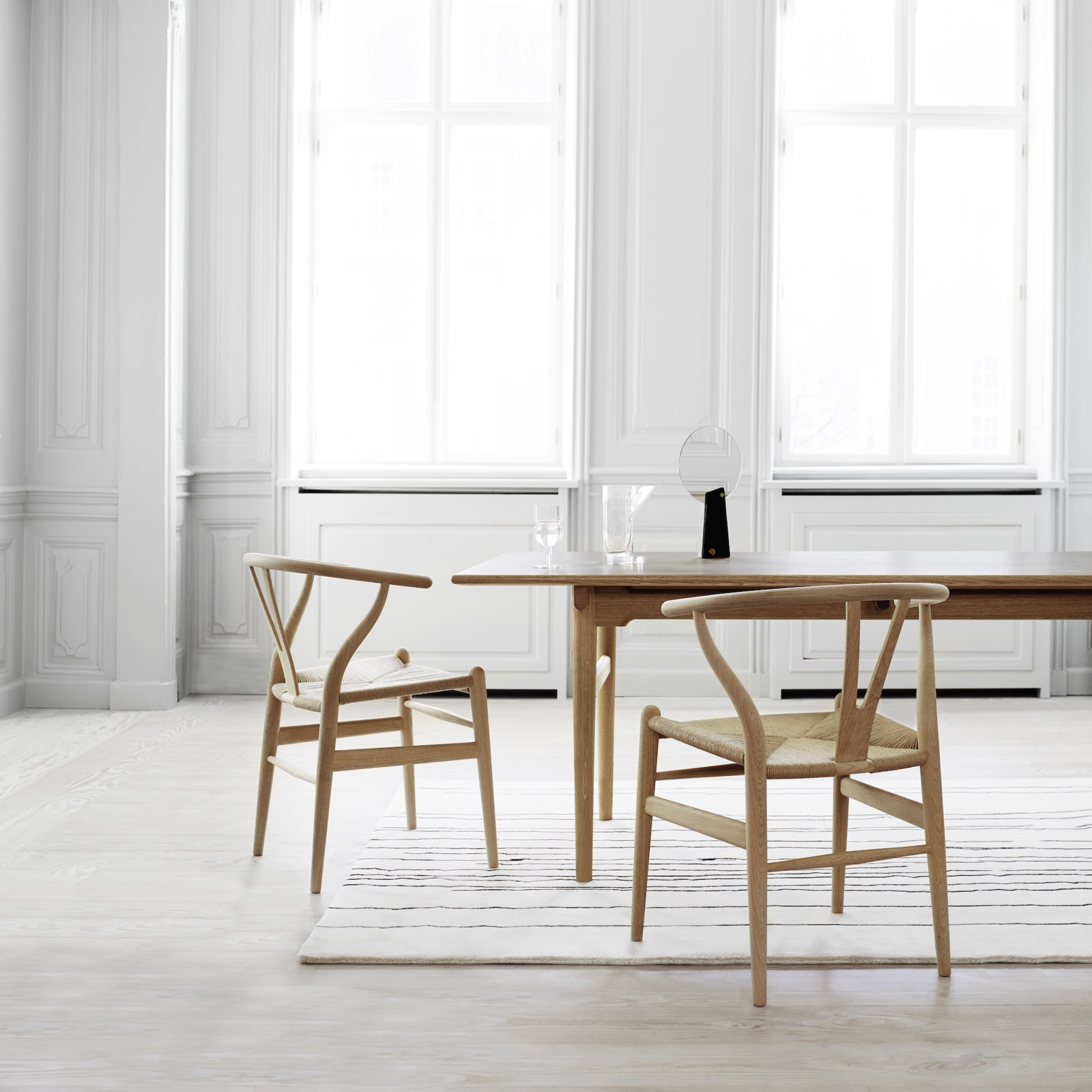 Wishbone Chair by Hans Wegner   Best Photos from Interiors