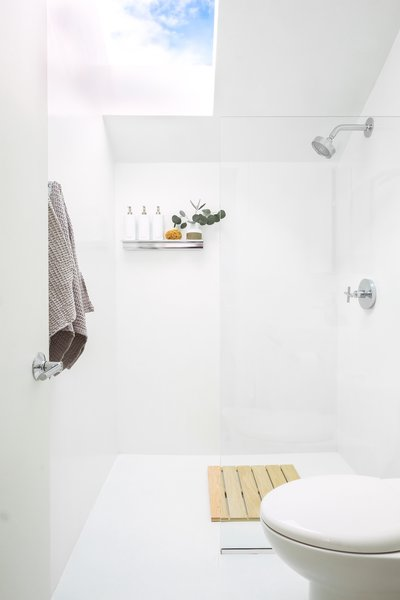 The huge skylight in the bathroom floods the space with light. It's great when planning what to wear while looking up at the morning sky for weather too.