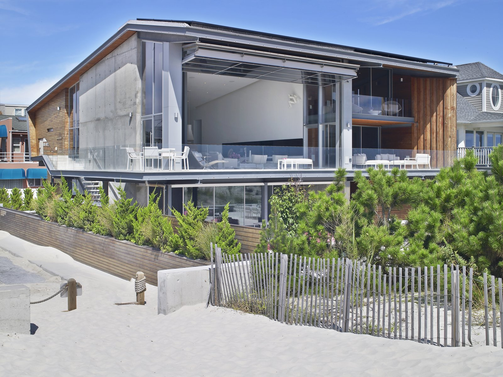 Beach House on Long Island hangar door
