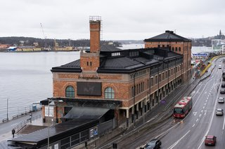 Fotografiska is a monumental photography museum housed in an industrial building that dates back to 1906. Stockholm raised 250 million SEK to renovate the space into a world-class cultural hub.