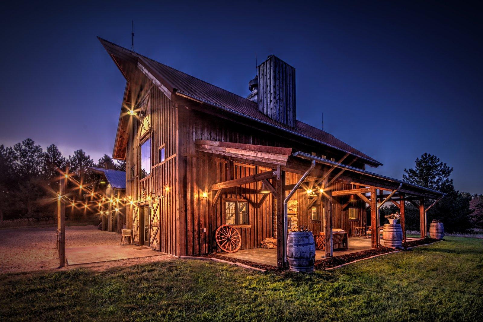 Nebraska Luxury Barn Living Modern Home In Burwell