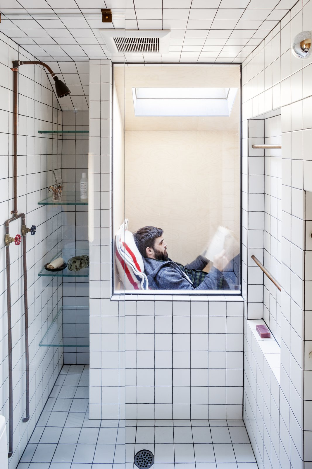Bath, Subway Tile, Ceramic Tile, and Open Occupying the perch visible through the open shower  Best Bath Subway Tile Open Photos from Micro Cabin