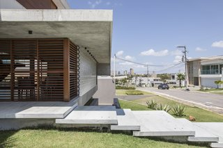 IF House - Photo 11