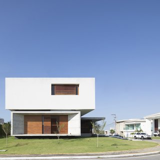 IF House - Photo 16