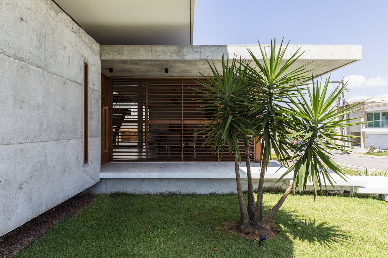 Exterior, Flat, Stone, Concrete, Wood, Beach House, House, Green, and Green IF House - Photo 18  Best Exterior Green Wood Photos from IF House
