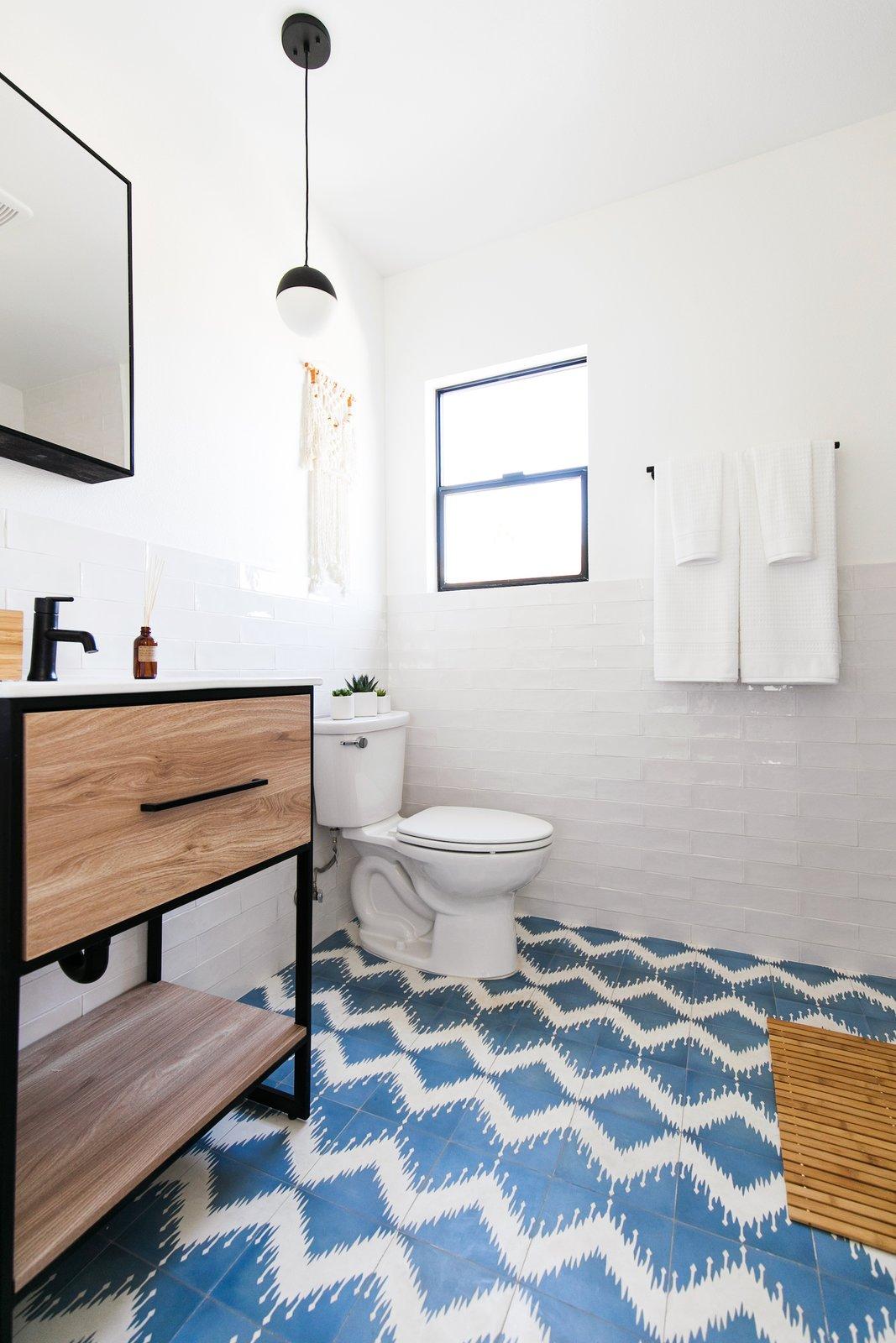 Node LA Echo Park co-living apartment bathroom