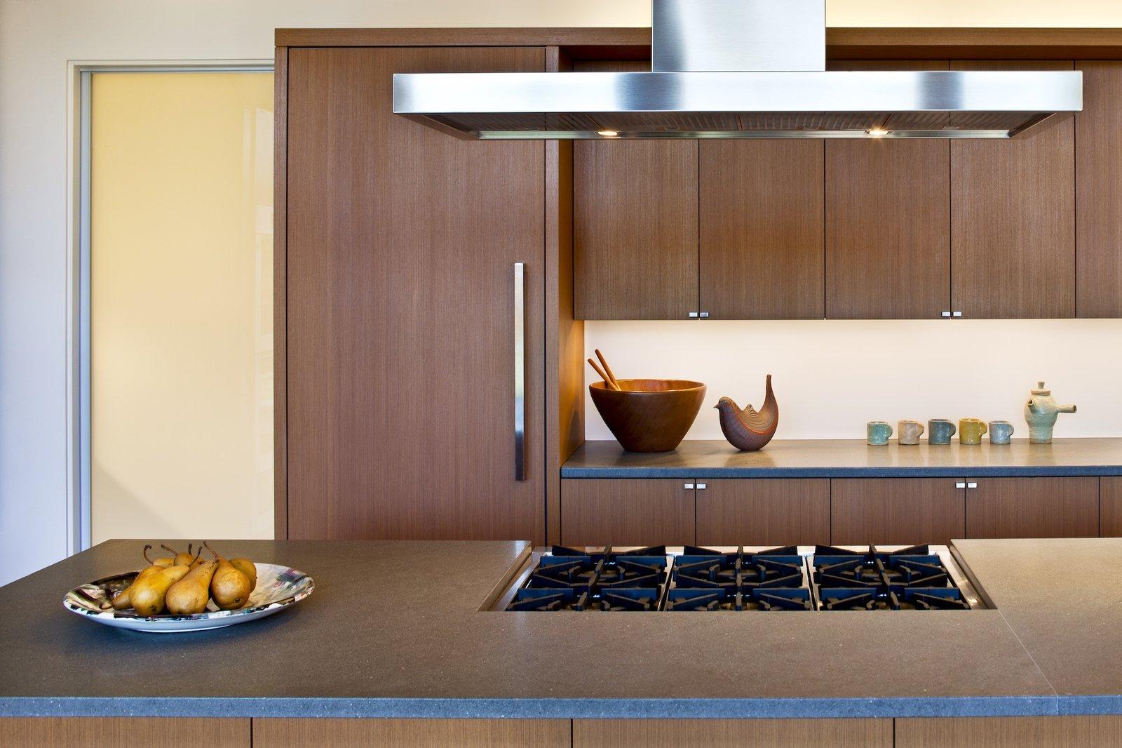 Art Collector's Retreat kitchen