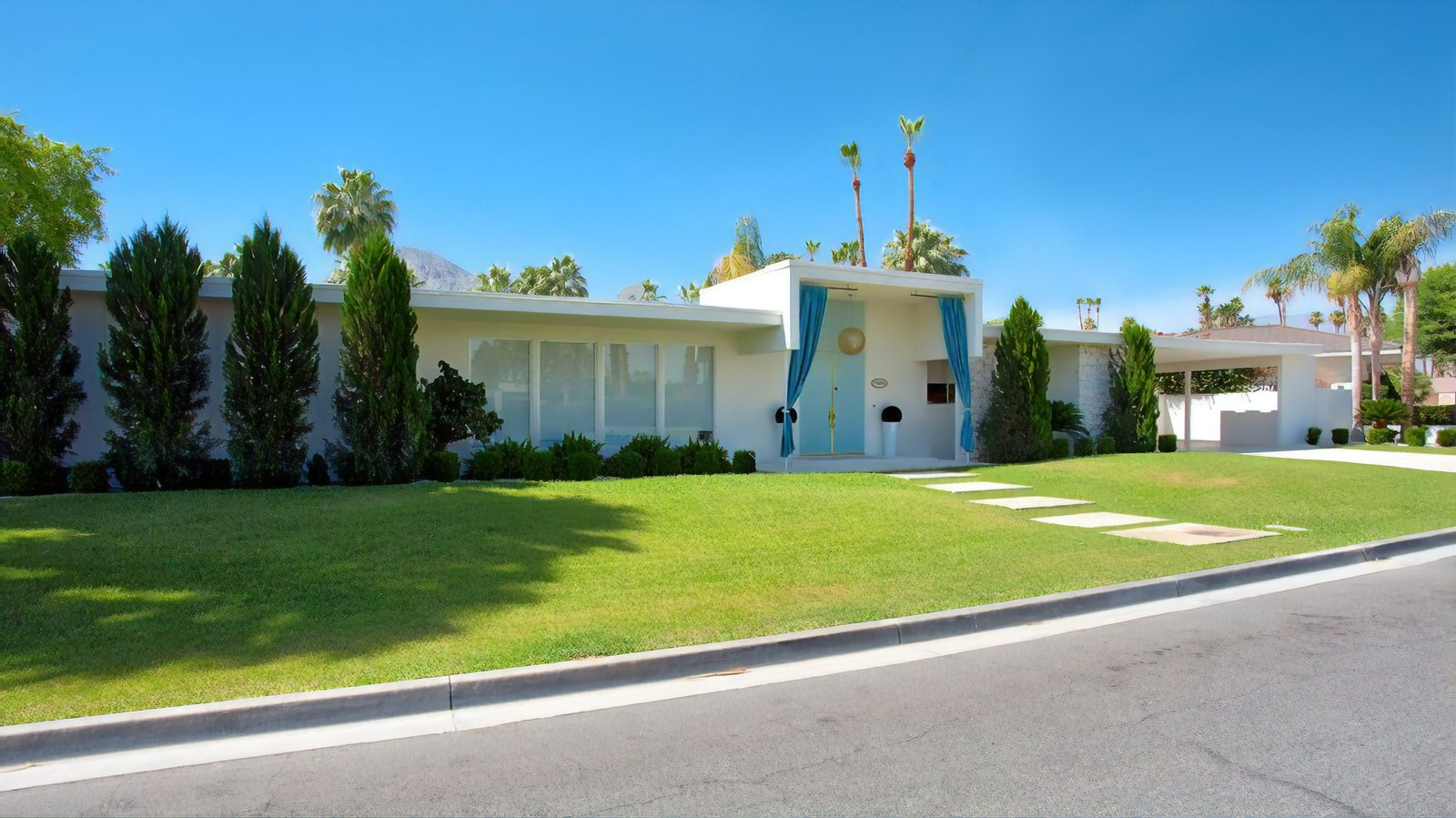 You Can Rent Lucille Ball And Desi Arnaz S Palm Springs Area Pad