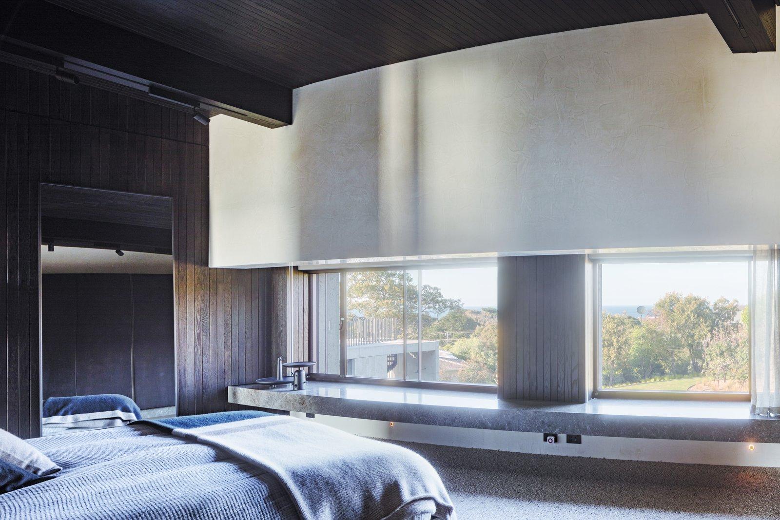 Tidal Arc House bedroom