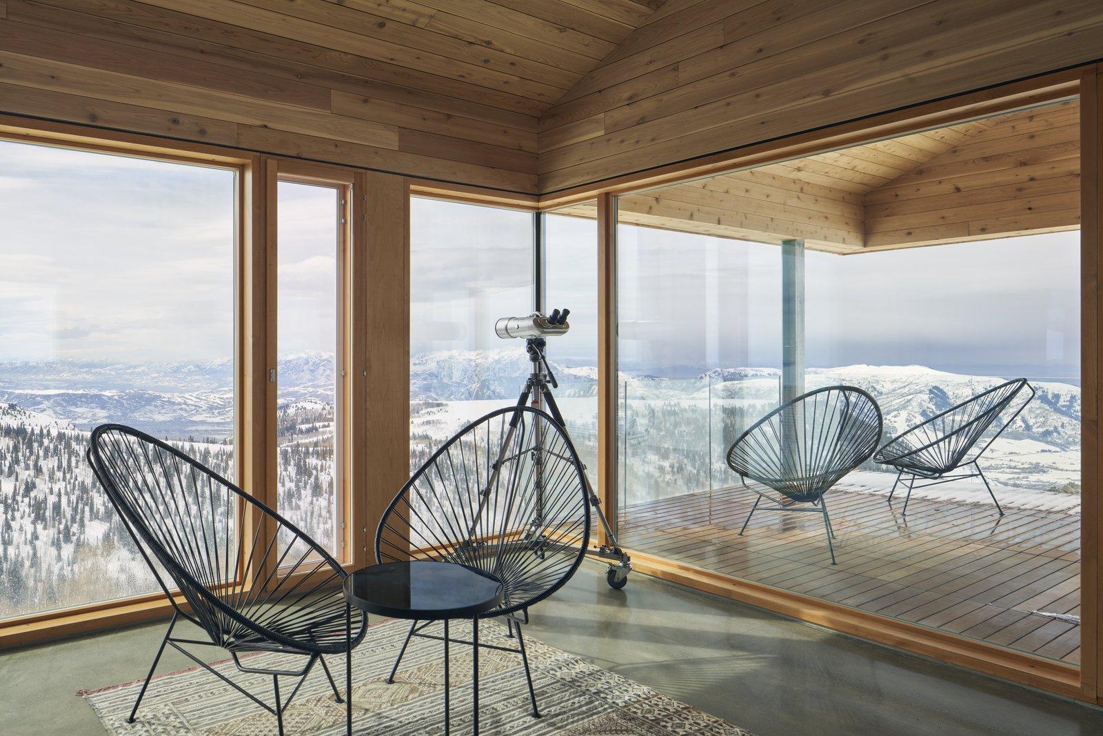 Horizon Neighborhood cabin living room