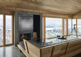 The ideal cabin feature: a fireplace.