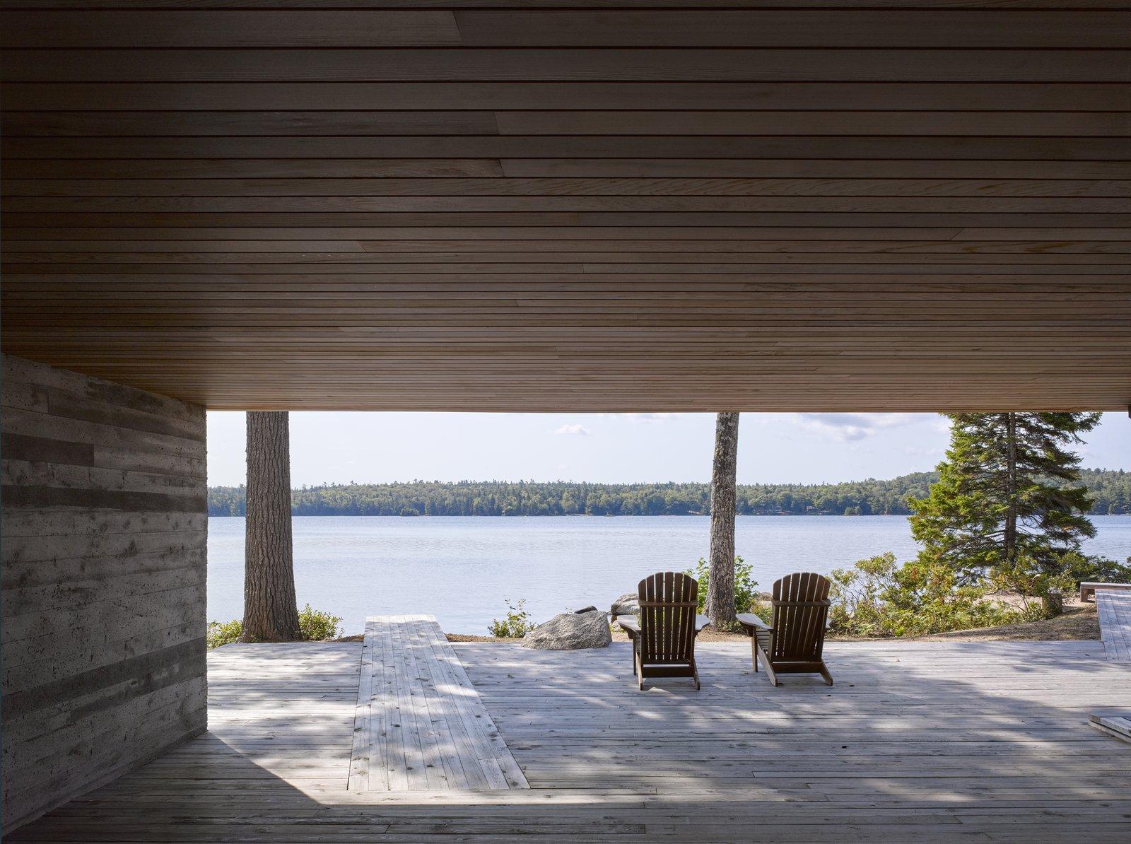 Mirror Point Cottage deck