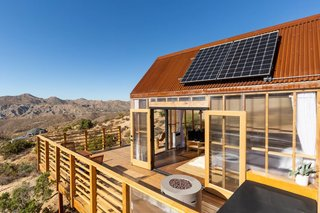 Like the Hawkeye House geodesic dome, the cabin is fully off the grid, powered by a small 12-volt system.