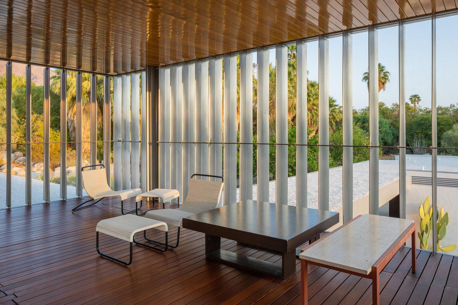 Kaufmann Desert House living area