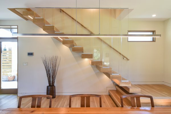 Mount Pleasant Modern Stairs