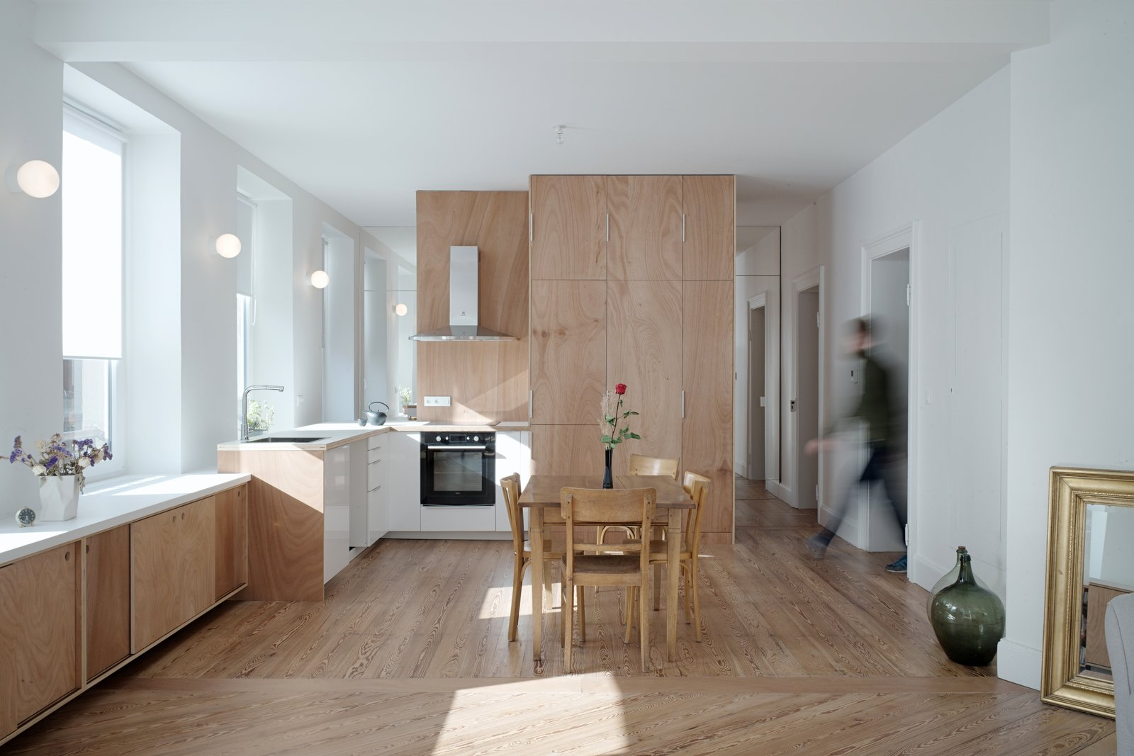 Corner Apartment kitchen Dratler Duthoit