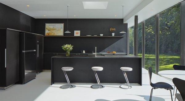 Top 5 Homes of the Week With Sleek Black Kitchens