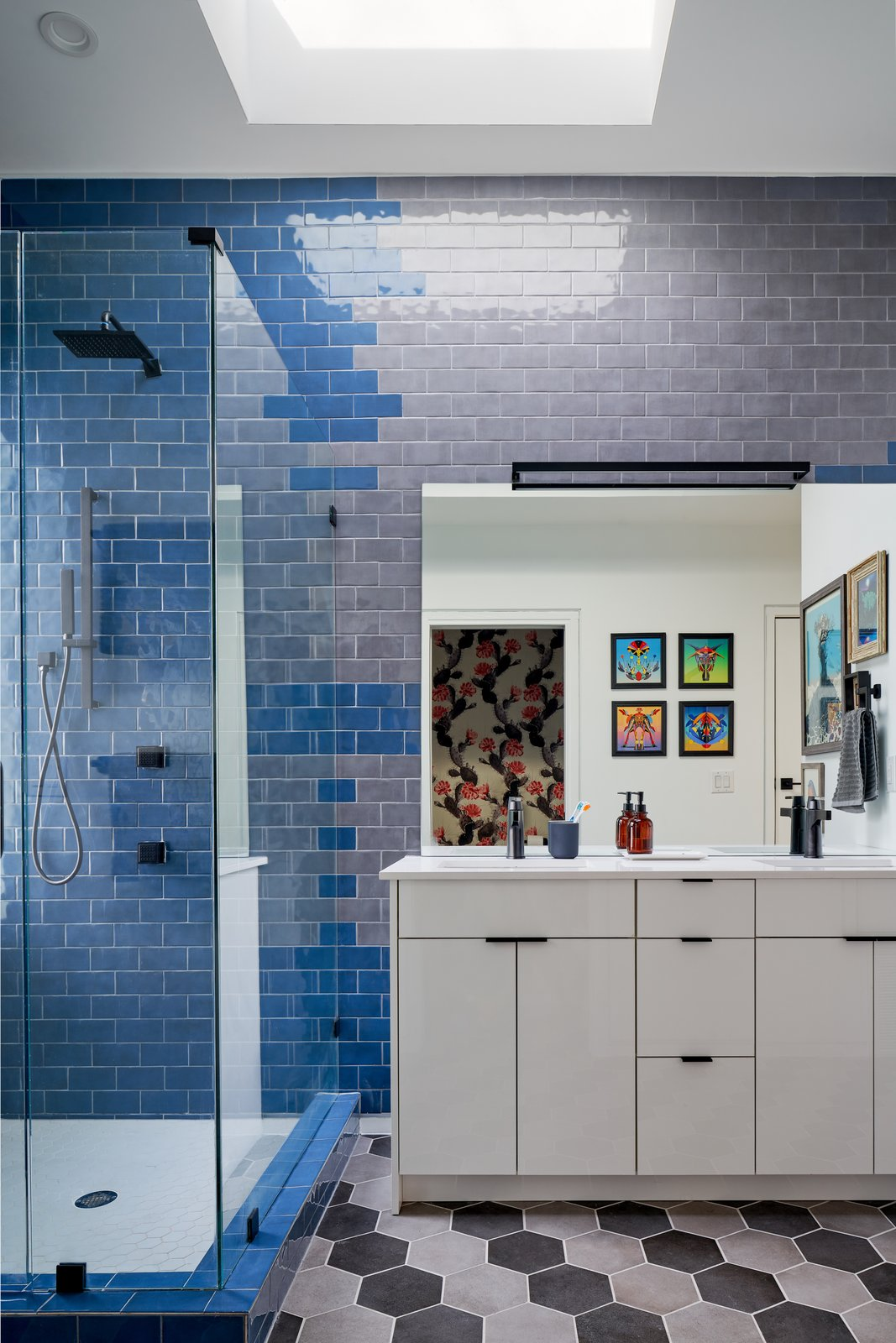Maude Street House bathroom
