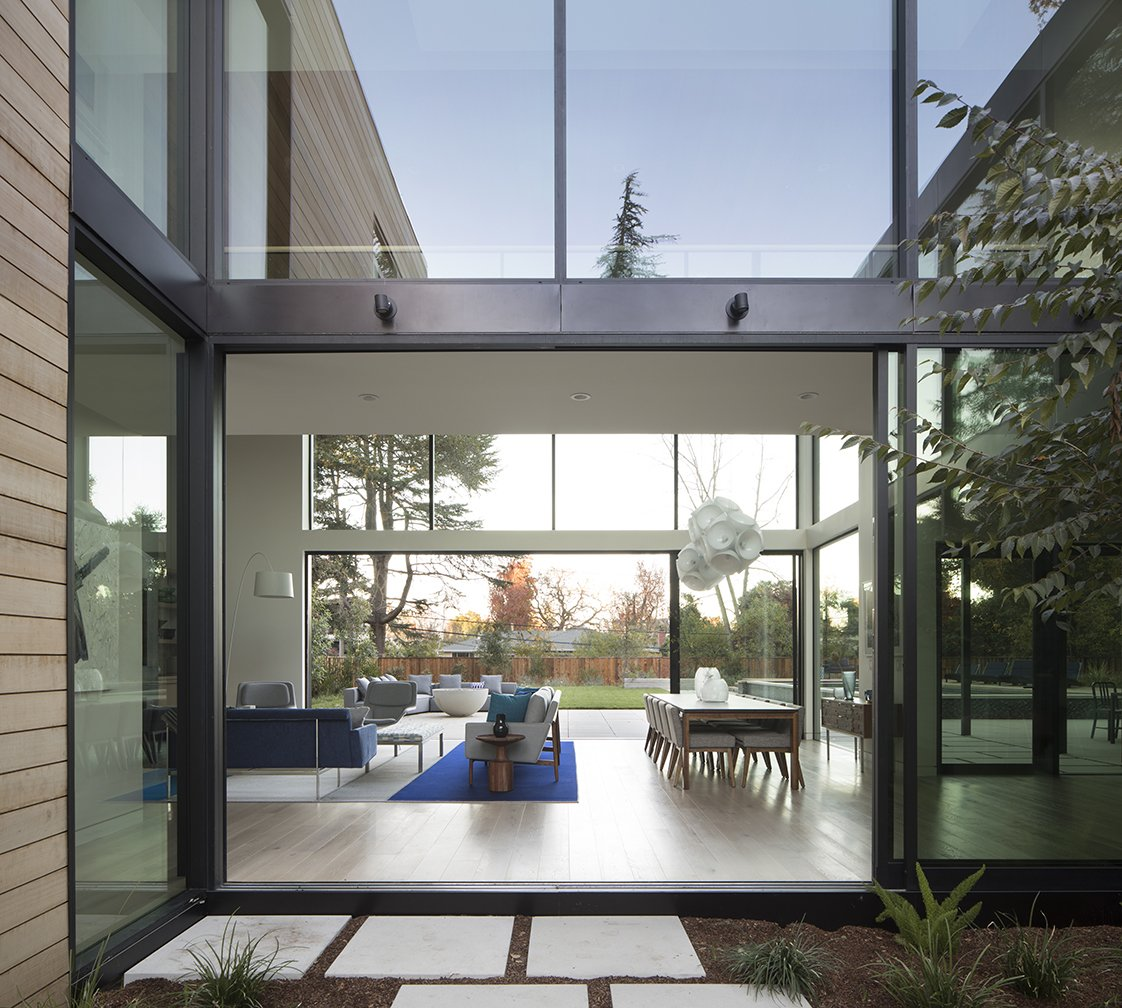 Courtyard House glass living room