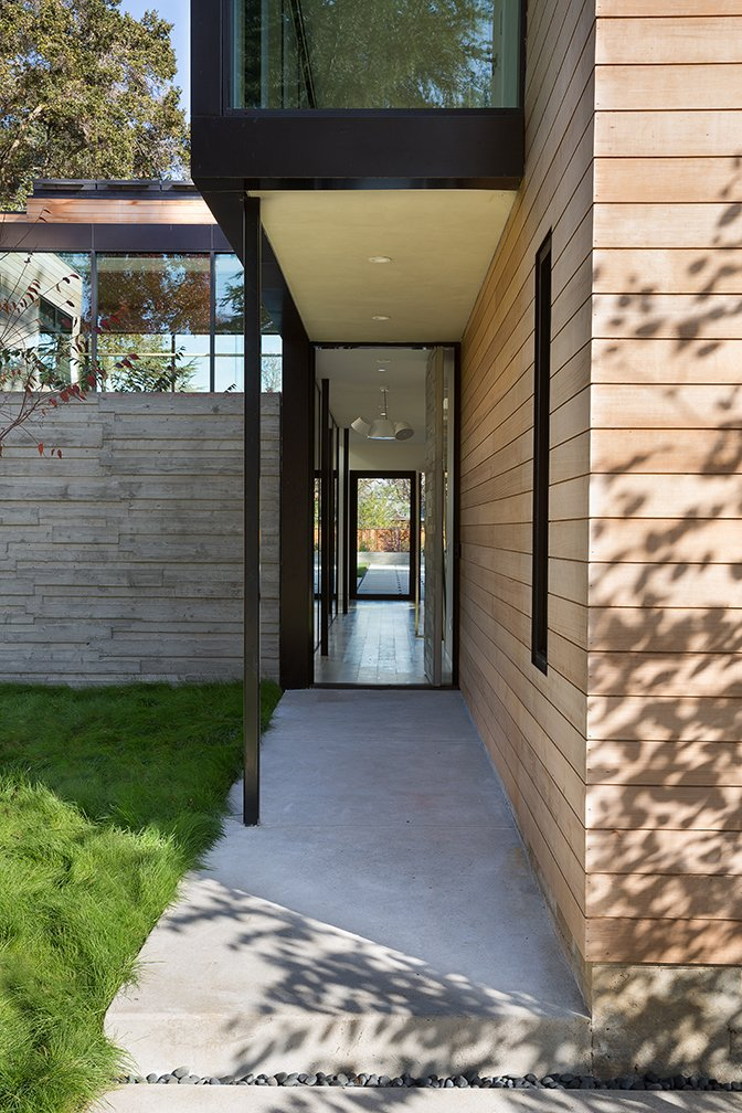 Courtyard House hallway