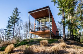 A Cantilevered Bainbridge Island Home Set Atop a Historic Bunker Lists For $1.73M