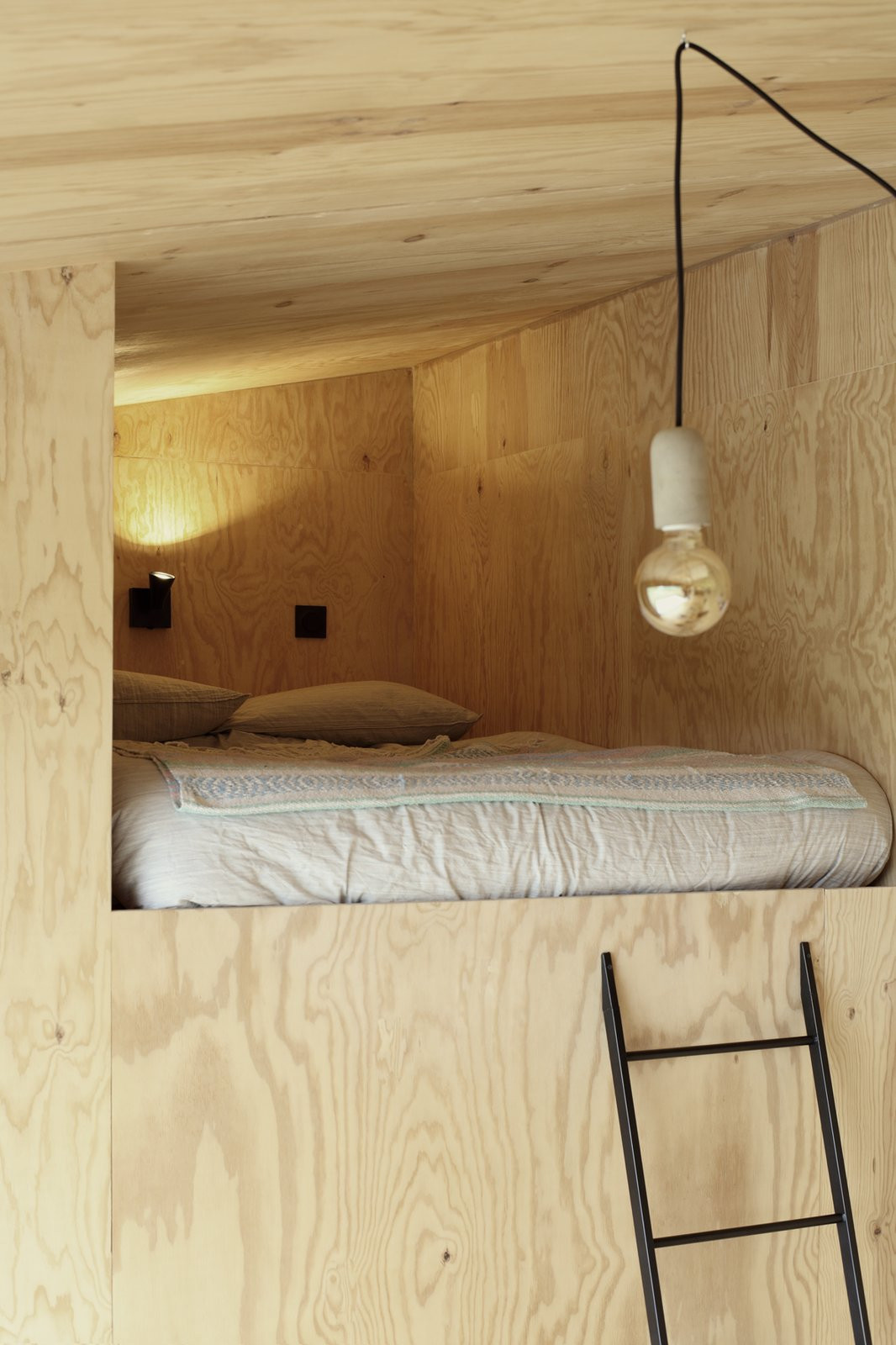 Heva Cabin bedroom