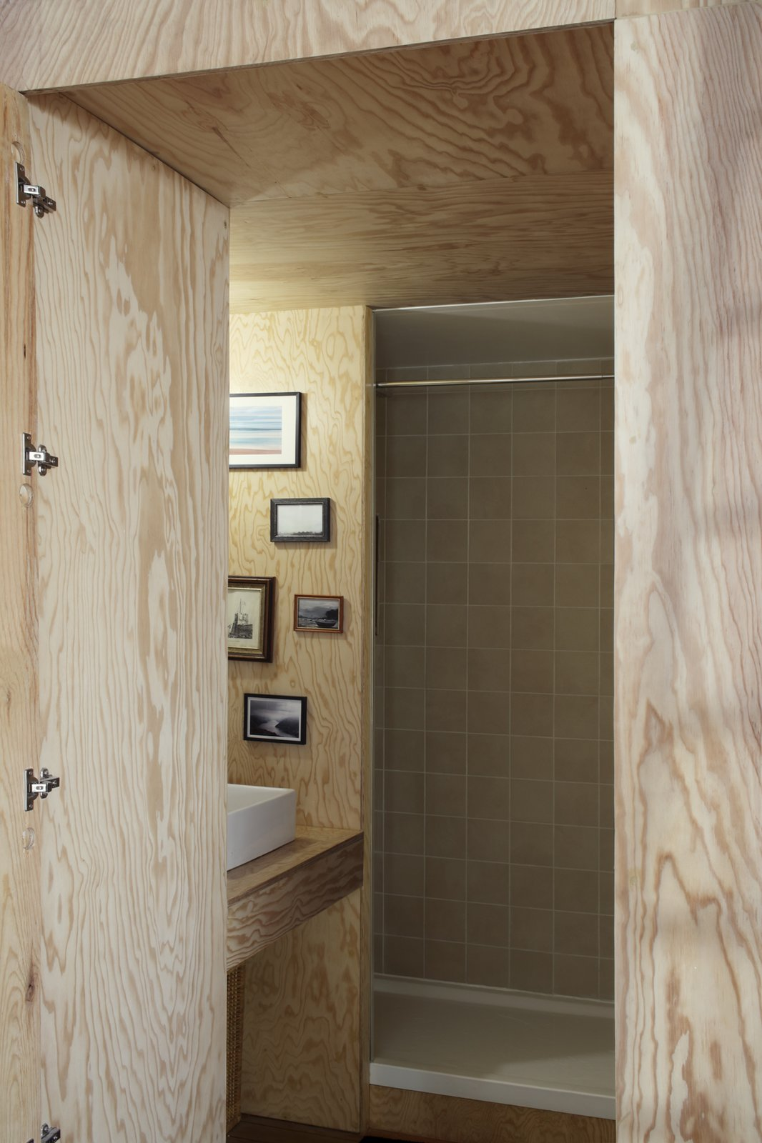 Pine Flat bathroom