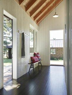 Sleeping Cabin entry hall.