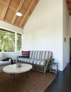 Sleeping Cabin sitting room.