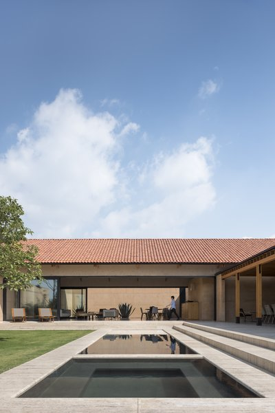 the house unfolds on one level around a central patio.