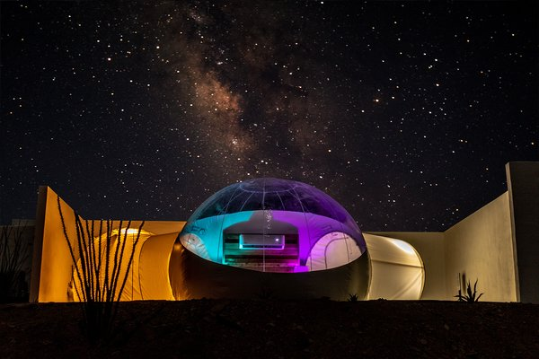 Get wrapped up stargazing from inside your bubble.