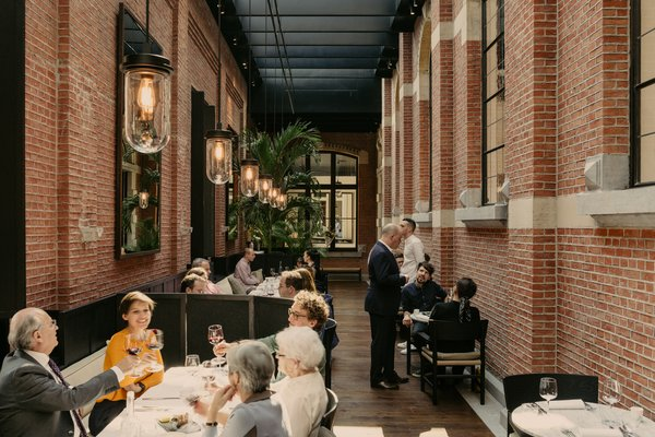 The restaurant at August is run by renowned Chef Nick Bril of neighboring restaurant The Jane, and offers an internationally inspired menu with locally sourced produce and ingredients.