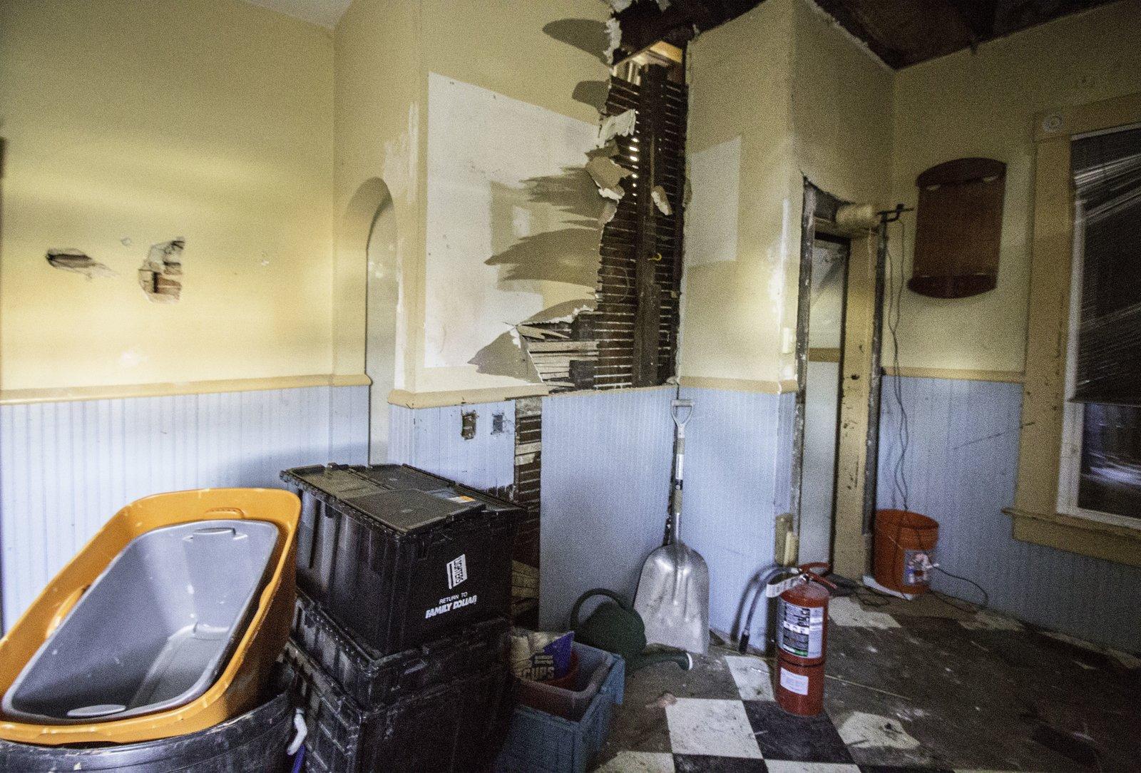 Before: The Blonde Victorian Kitchen