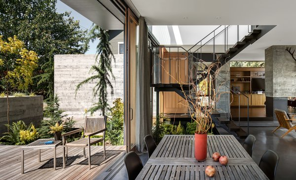 The homeowners wanted a multifunctional dining space conducive to alfresco meals.