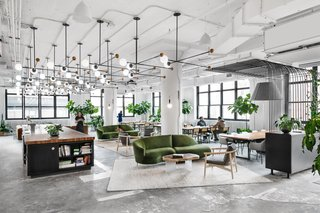 Shake Shack wanted to make sure its employees had plenty of space to recharge throughout the day, so the company tasked Hsu and his team with creating relaxing common areas.