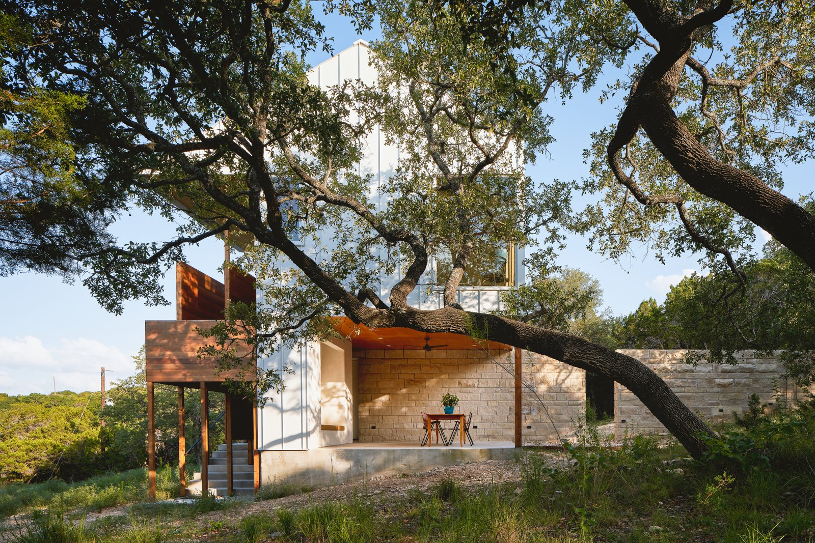 Tree House by Faye and Walker Architecture